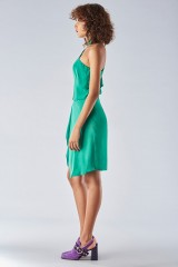 Drexcode - Green dress with asymmetrical sleeves - Halston - Rent - 4