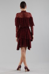 Drexcode - Short burgundy dress with flounces and cape sleeves - Perseverance - Sale - 4