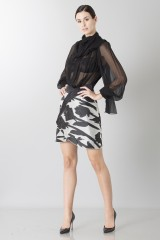 Drexcode - Black and white skirt with roses and silk black blouse - Blumarine - Rent - 4