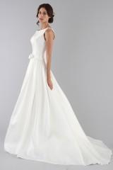 Drexcode - Wedding dress with bow on the waist - Ilenia Sweet by Bellantuono - Rent - 4
