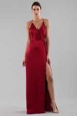 Drexcode - Cherry red satin dress by Halston Heritage - Halston - Rent - 2