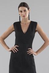 Drexcode - Black dress with shiny texture  - Halston - Rent - 2