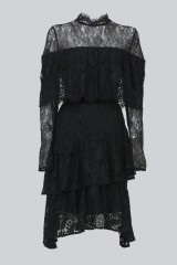 Drexcode - Short black dress with ruffles and cape sleeves - Perseverance - Rent - 1