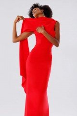 Drexcode - One-shoulder red dress with drapery - Tot-Hom - Rent - 5