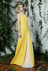Drexcode -  Yellow one-shoulder dress with front train - Vionnet - Sale - 3