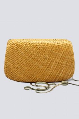 Clutch gialla in paglia con chiusura magnetica - Serpui - Rent Drexcode - 1