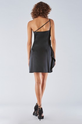 Short black dress with one-shoulder ruches detailing - Amur - Sale Drexcode - 1