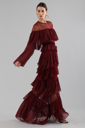 Long burgundy dress with volants - Perseverance - Rent Drexcode - 2