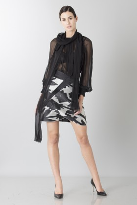 Black and white skirt with roses and silk black blouse - Blumarine - Rent Drexcode - 1