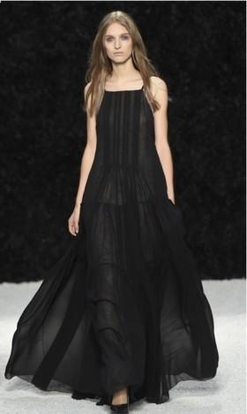Black dress - Vera Wang - Rent Drexcode - 2