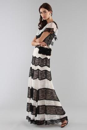 Striped lace off shoulder dress - Alice+Olivia - Rent Drexcode - 2