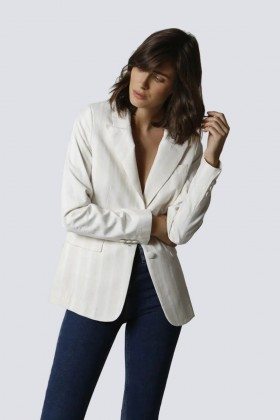 Tailleur bianco a righe - Giuliette Brown - Rent Drexcode - 2