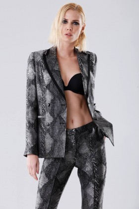 Suit and jacket with python pattern - Giuliette Brown - Rent Drexcode - 2