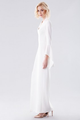 White dress with open bell sleeves - Halston - Rent Drexcode - 2