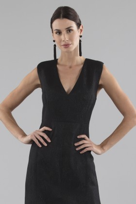Black dress with shiny texture  - Halston Heritage - Rent Drexcode - 2