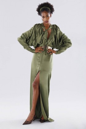 Olive dress with batwing sleeves - Rhea Costa - Rent Drexcode - 2