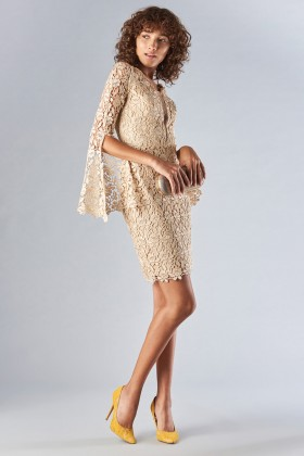 Lace sheath dress with bell sleeves - Forever unique - Rent Drexcode - 2