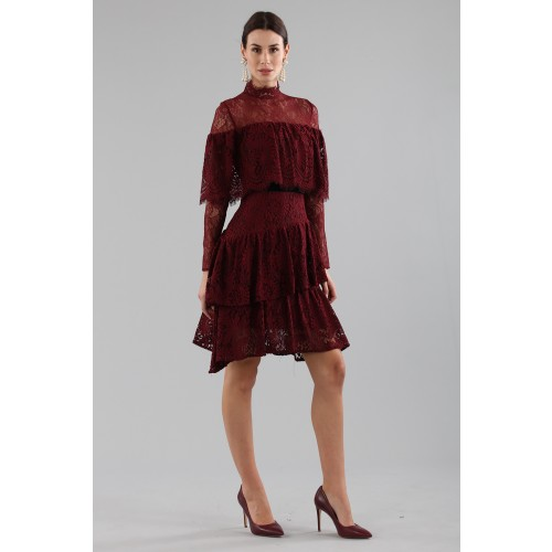 Vendita Abbigliamento Usato FIrmato - Short burgundy dress with flounces and cape sleeves - Perseverance - Drexcode -11