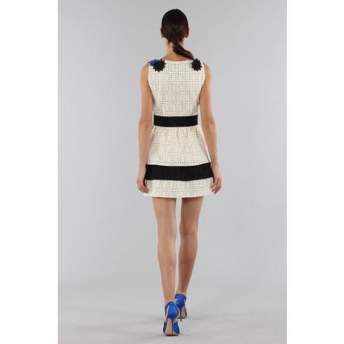 Vendita Abbigliamento Usato FIrmato - Embroidered dress with applied flowers - Emanuel Ungaro - Drexcode -3