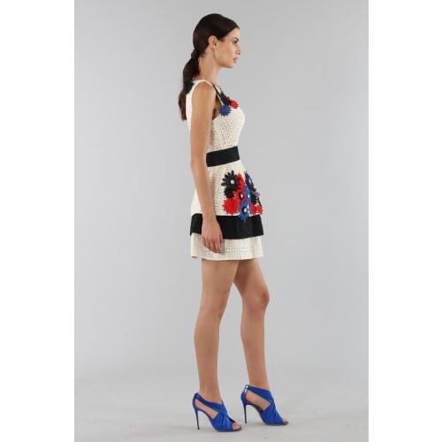 Vendita Abbigliamento Usato FIrmato - Embroidered dress with applied flowers - Emanuel Ungaro - Drexcode -2