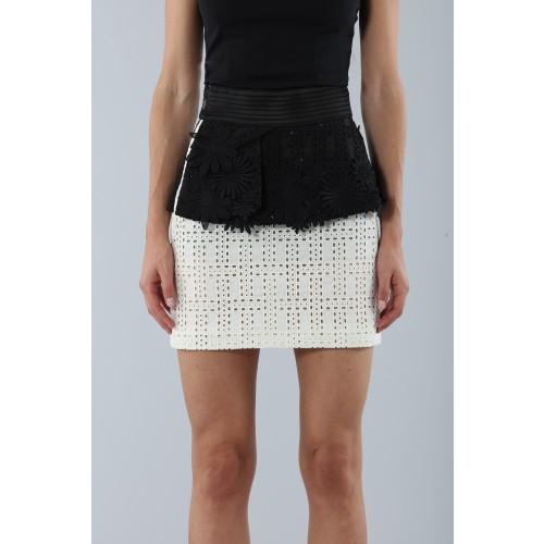 Vendita Abbigliamento Usato FIrmato - Embroidered skirt with volant - Emanuel Ungaro - Drexcode -3