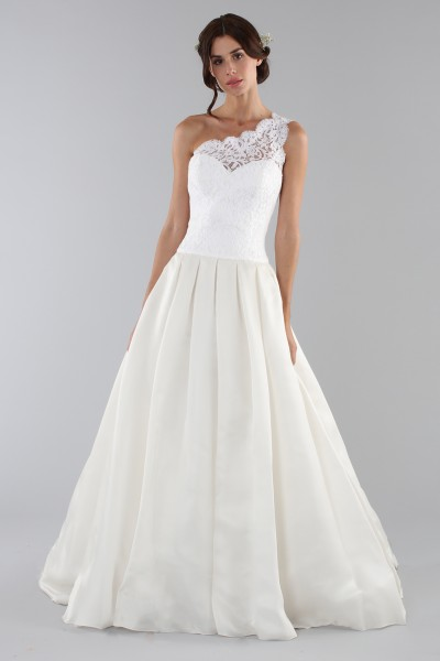 Lace wedding dress with one shoulder