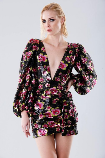 Short dress with flower sequins