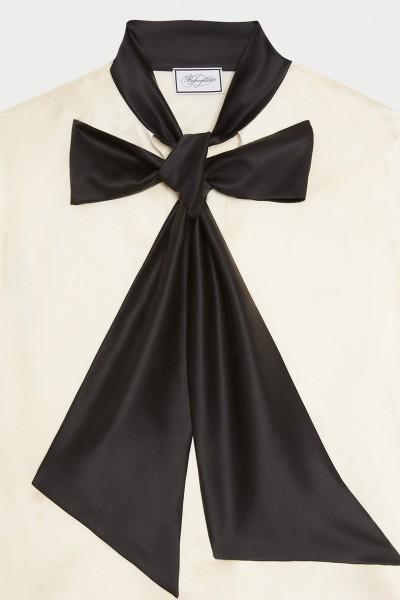 Camicia bianca in seta con fiocco nero